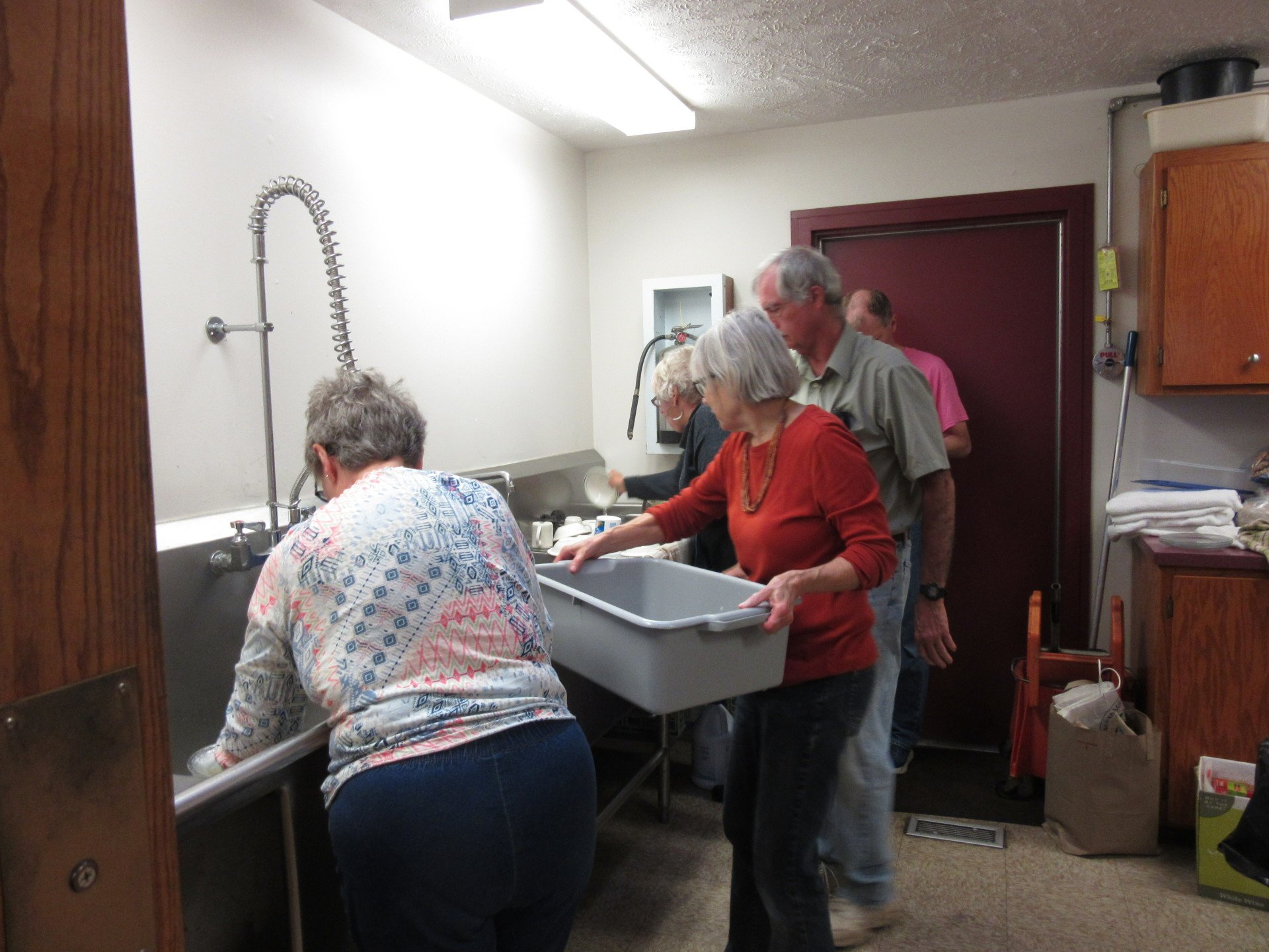 No throwaway dishes for us, thanks to a dedicated kitchen crew
